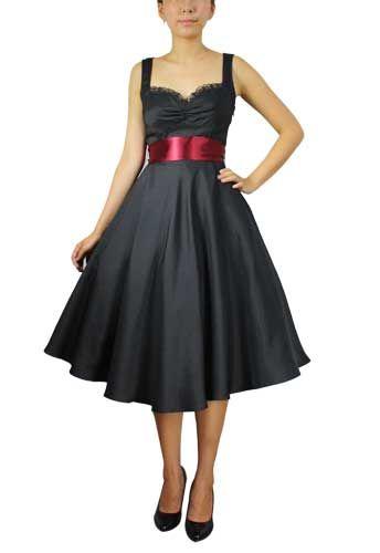 Kleider in schwarz rot